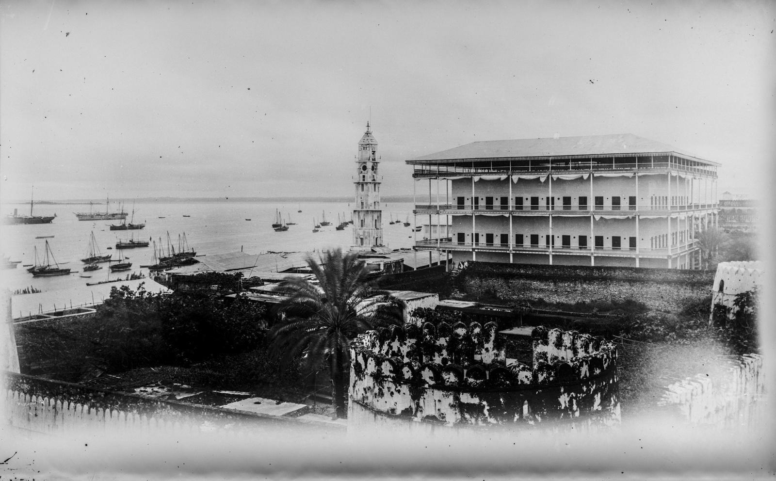 03. Занзибар. Вид на часть зданий Султанского дворца