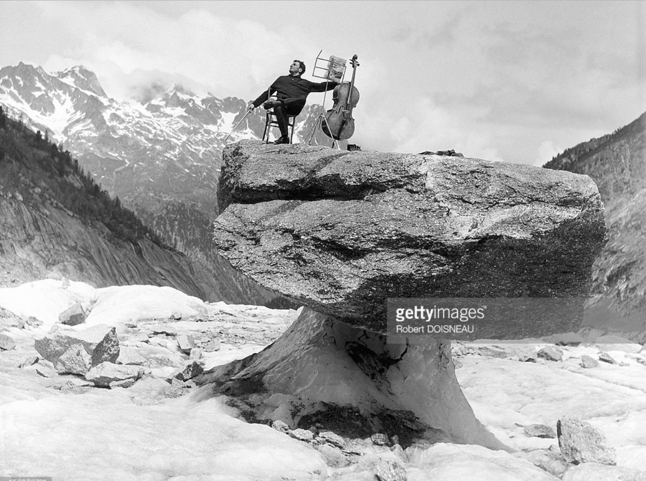 1957. Морис Баке, виртуоз виолончелист, в Шамони