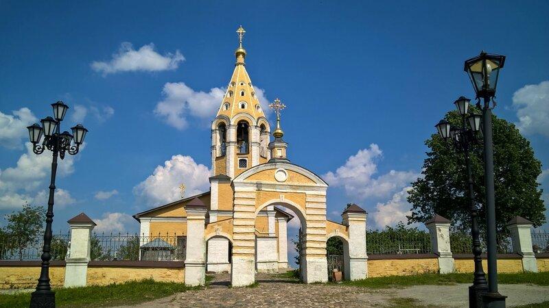 Храм Рождества Богородицы в Городне