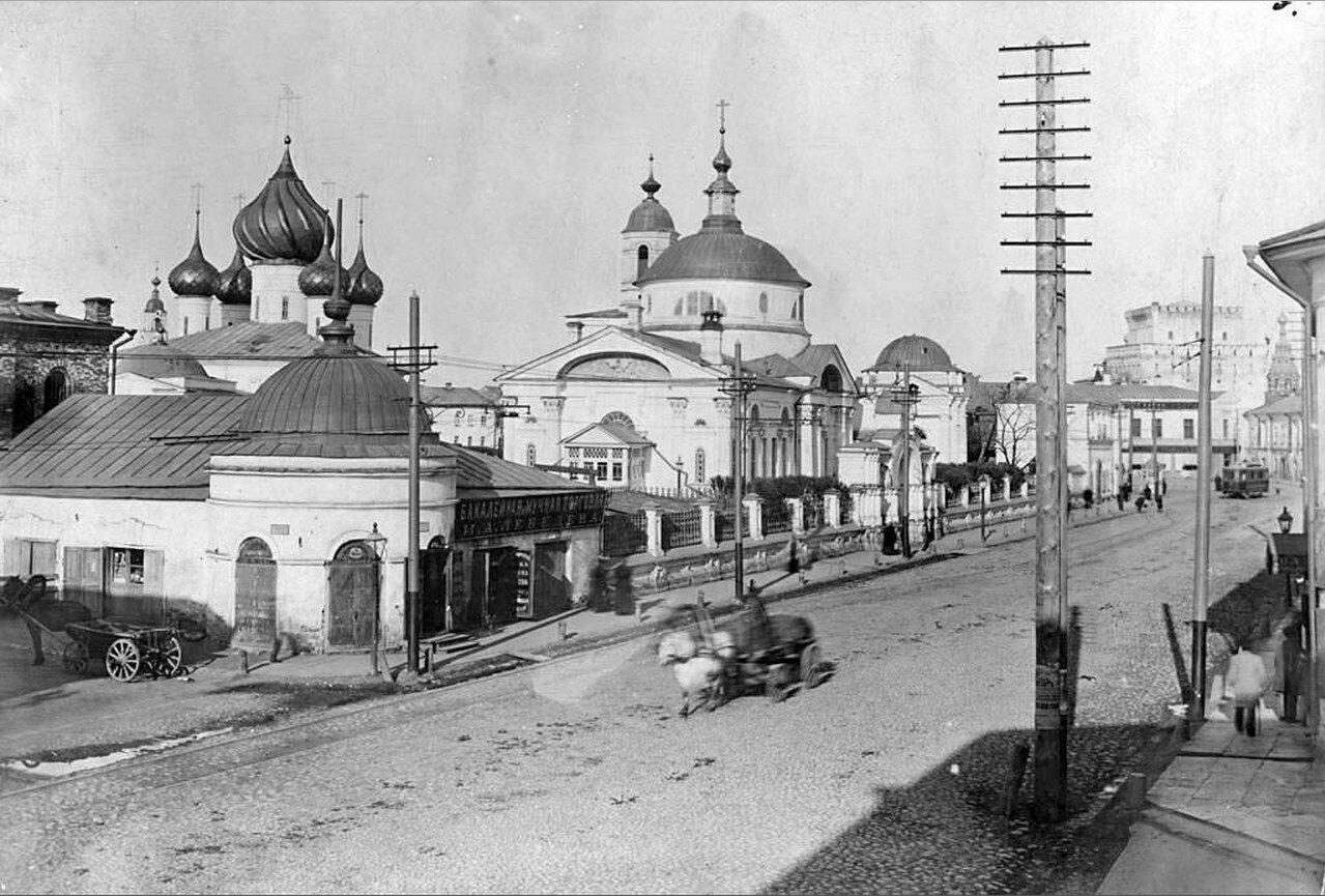 Вид на церкви Власьевского прихода