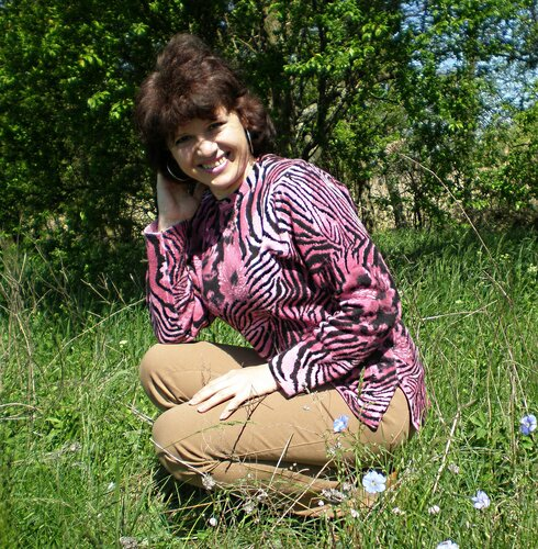 А это я весной на пасеке