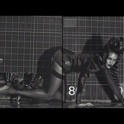 обнаженная Rihanna Рианна