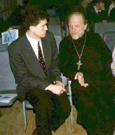 Слева Андрей асташкин, справа - Глеб Якунин