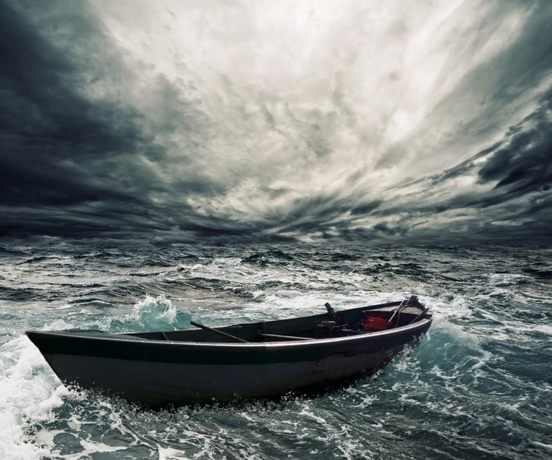 Люди, которых месяцами носило по морю