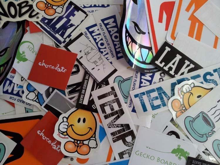 цифровая печать наклеек и стикеров