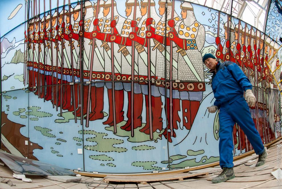 16. На крыше Детского магазина сделают смотровую площадку.