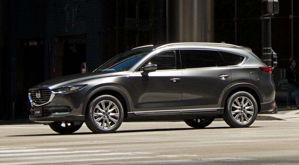 На фото: серийный кроссовер Mazda CX-8    Кстати, ранее стало известноо том, что новый вседоро
