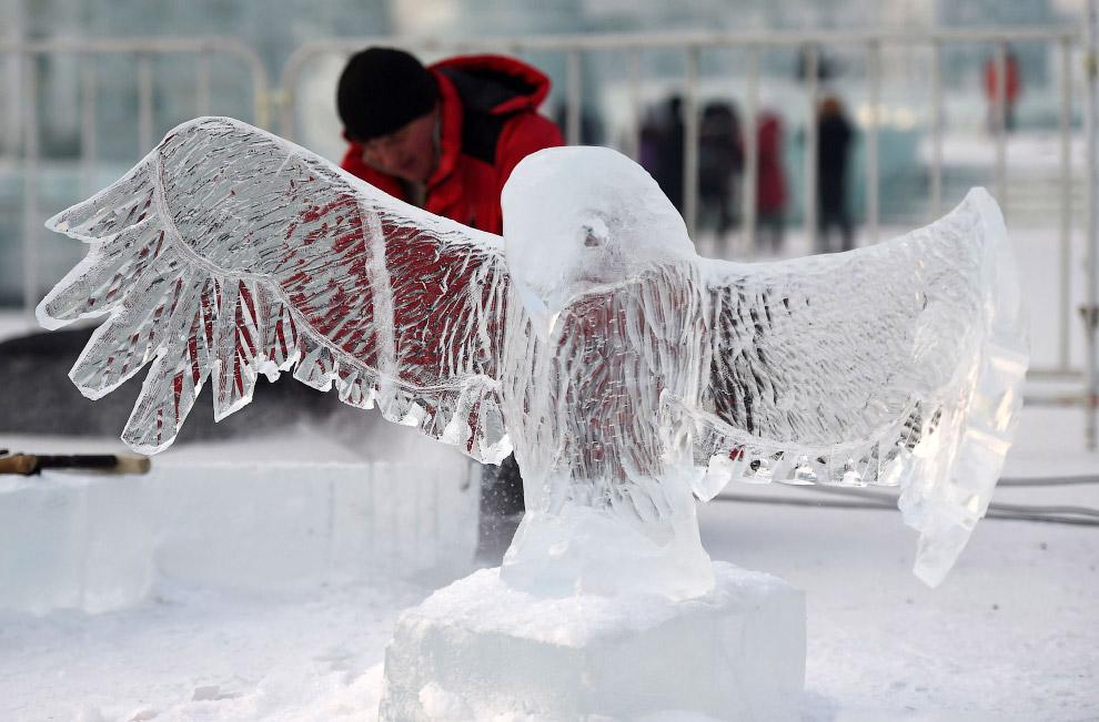 10. Вот так выглядит знаменитый ледяной город днем.