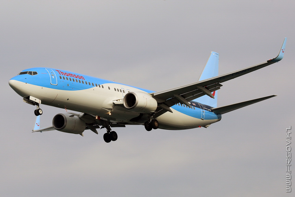 B-737_G-TAWF_Thomson_1_CFU_resize.jpg