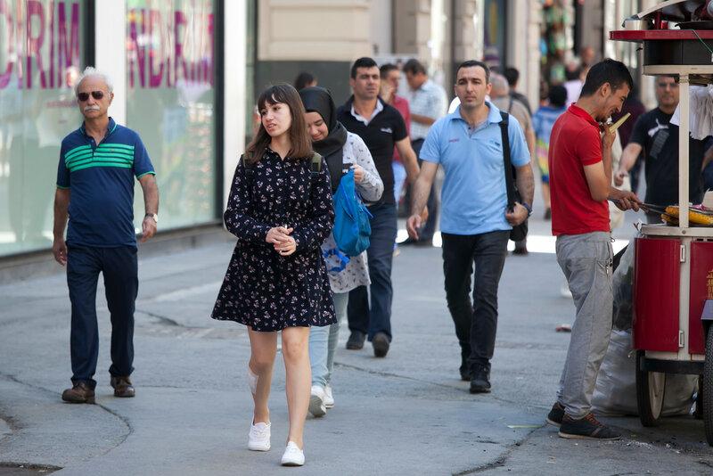 Istiklal Cadesi pedestrian street, Beyoglu, Istanbul, Turkey