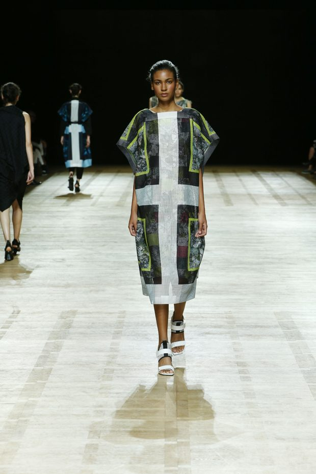 #PFW: Issey Miyake Spring Summer 2018 Collection