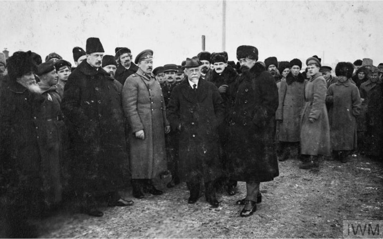 1919. Члены Временного Сибирского правительства (во главе с адмиралом Колчаком) в Омске