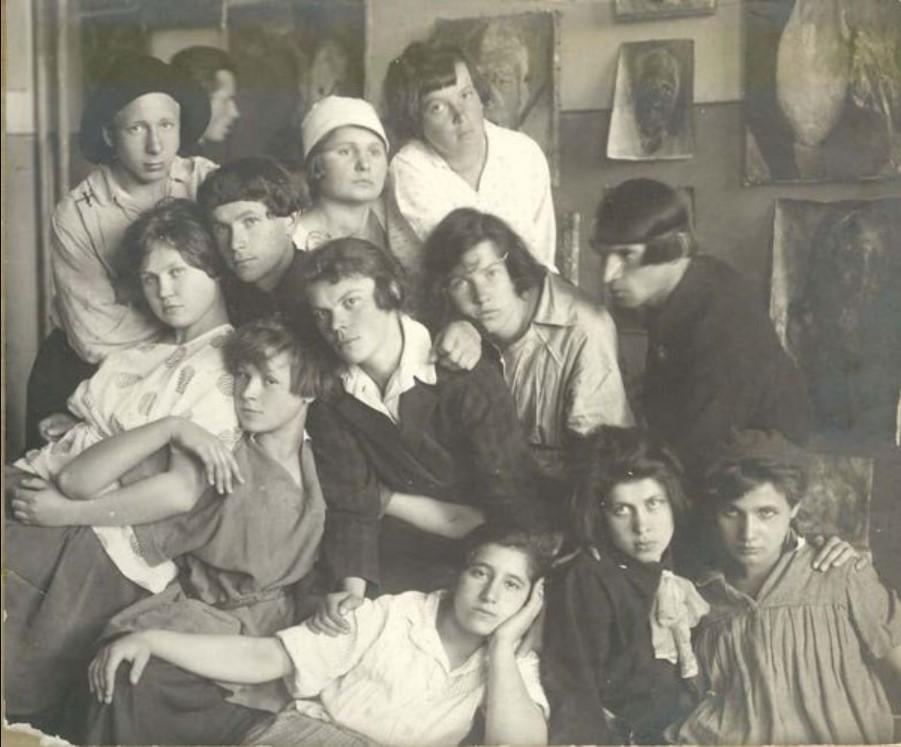 1922. Группа учащихся ПХТ