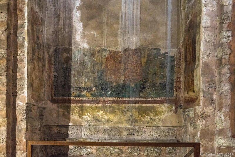 Могила Е. Мозаики и фрески Хоры. Церковь Христа Спасителя в Полях.