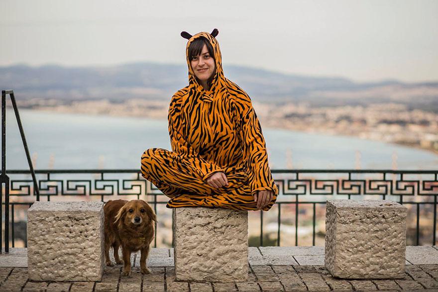 «Всегда нравились кошки, но затем я встретила Мону». Тигр Нехама.