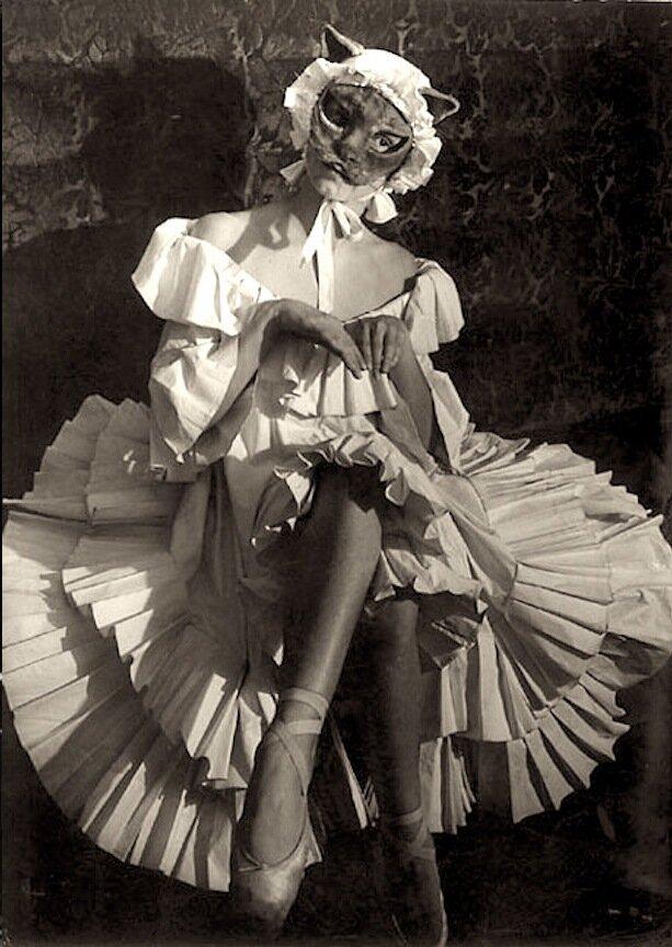 1949. Балерины из балета «Девушки ночи»