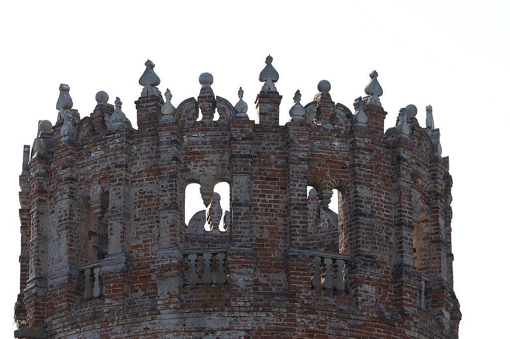 Сетуньская башня Новодевичьего монастыря