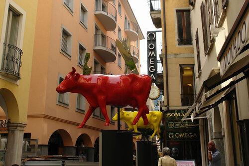 Раз корова