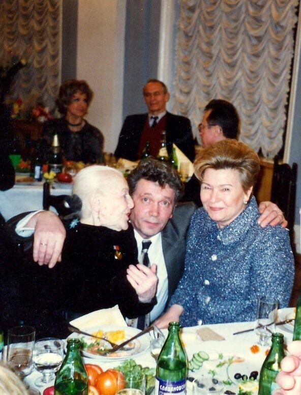 И.Юрьева, О.Марусев, Н.Ельцина, Колонный зал Дома Союзов