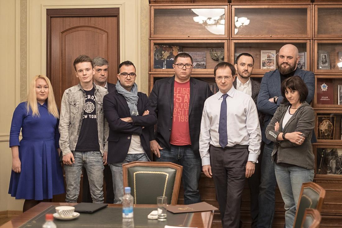 Министр культуры Мединский и блогеры. Немихаил (мент), Сергей Доля (ГеБешный), 21 апреля 2017
