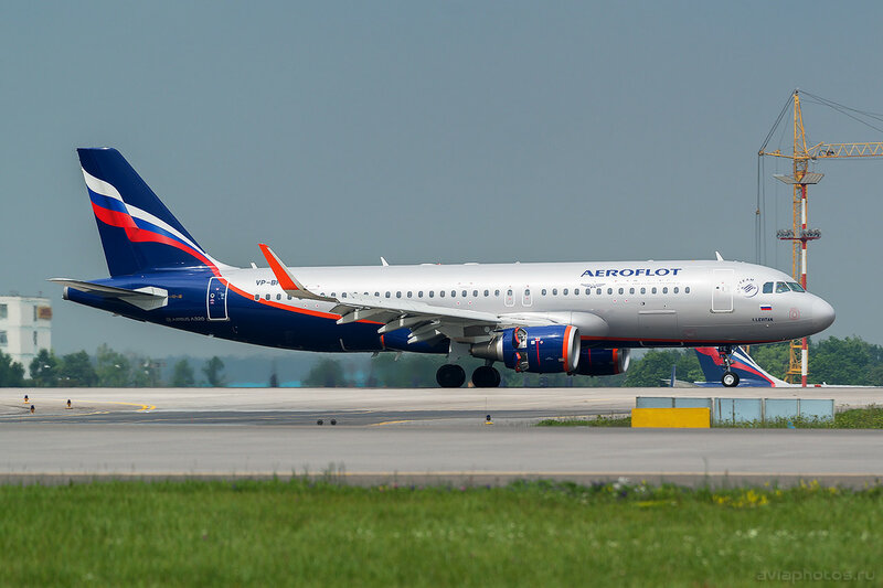 Airbus A320-214 (VP-BFE) Аэрофлот 142_D801968