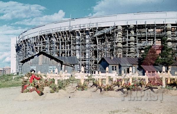 stock-photo-german-war-graves-in-minsk-belarus-russia-1941-by-franz-krieger-9251.jpg