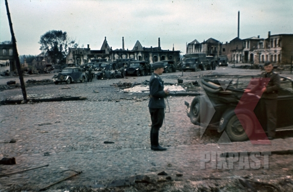 stock-photo-luftwaffe-field-division-2nd-lufllotte-fliegerkorp-2-russian-front-1942-motorised-column-halftracks-truck-bindewald-8326.jpg