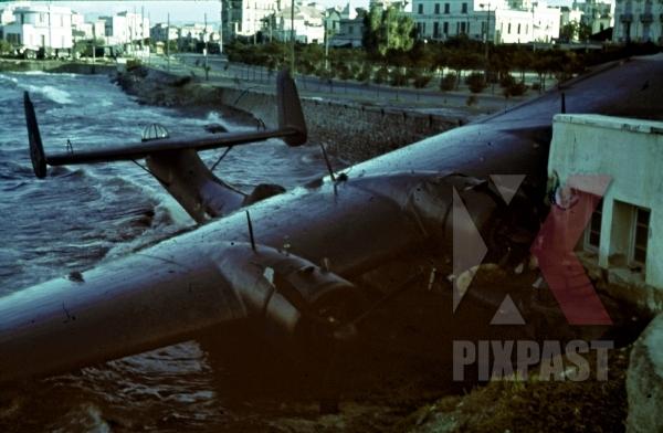 stock-photo-damaged-german-luftwaffe-seaplane-dornier-do-24-tripoli-harbour-in-libya-1942-11238.jpg