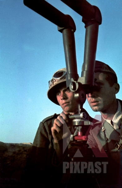 stock-photo-german-afrika-korp-soldier-in-pith-helmet-amp-goggles-with-italian-officer-using-trench-periscope-tunisia-1942-12456.jpg