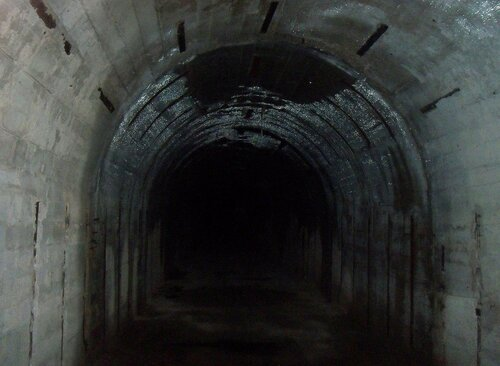1280px-Об'єкт-221(тунель).jpg