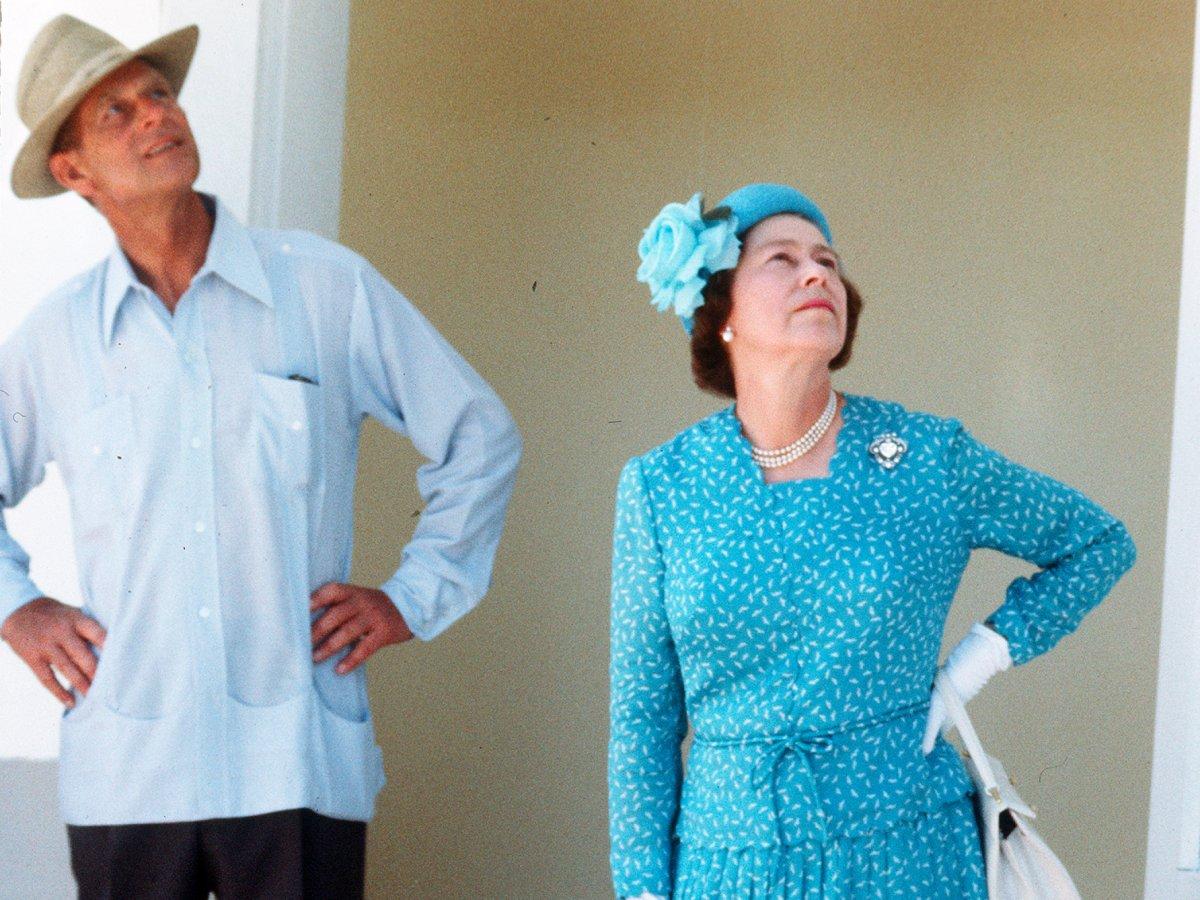 Филипп также известен своим дерзким и даже оскорбительным чувством юмора. К примеру, герцог поинтере