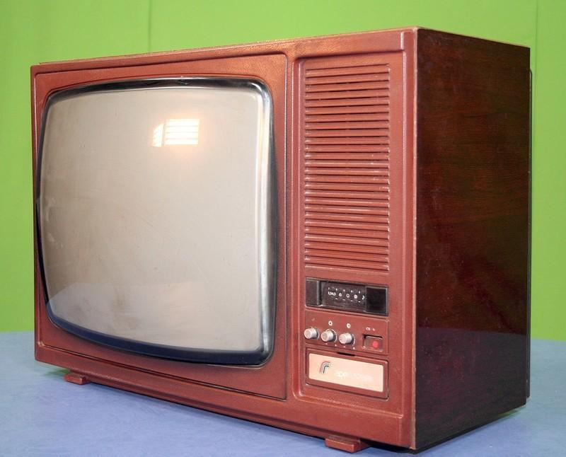14. Дело в том, что, в отличие от других советских телевизоров, Горизонт Ц-355 комплектовался японск