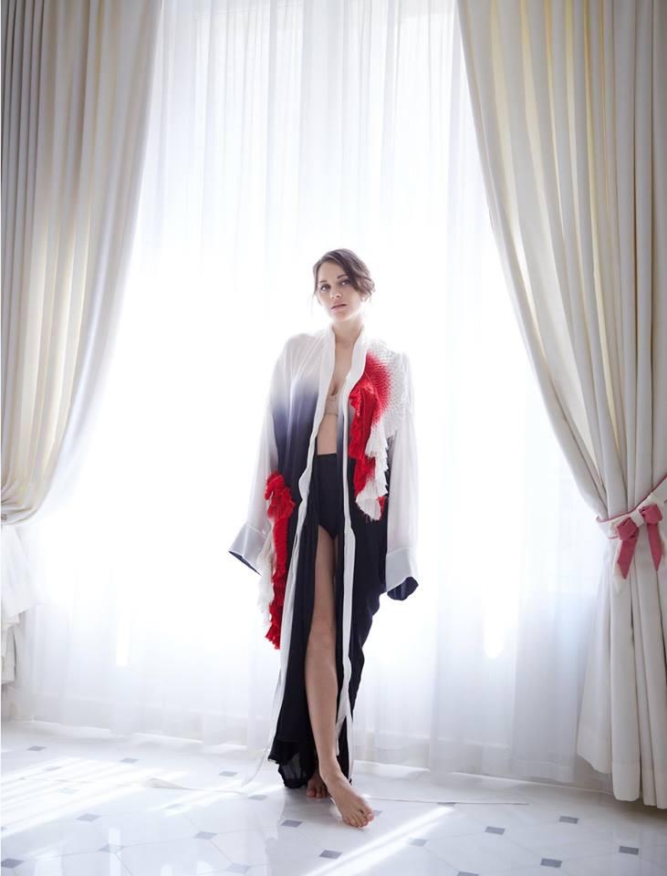 Марион Котийяр в Madame Figaro (4 фото)