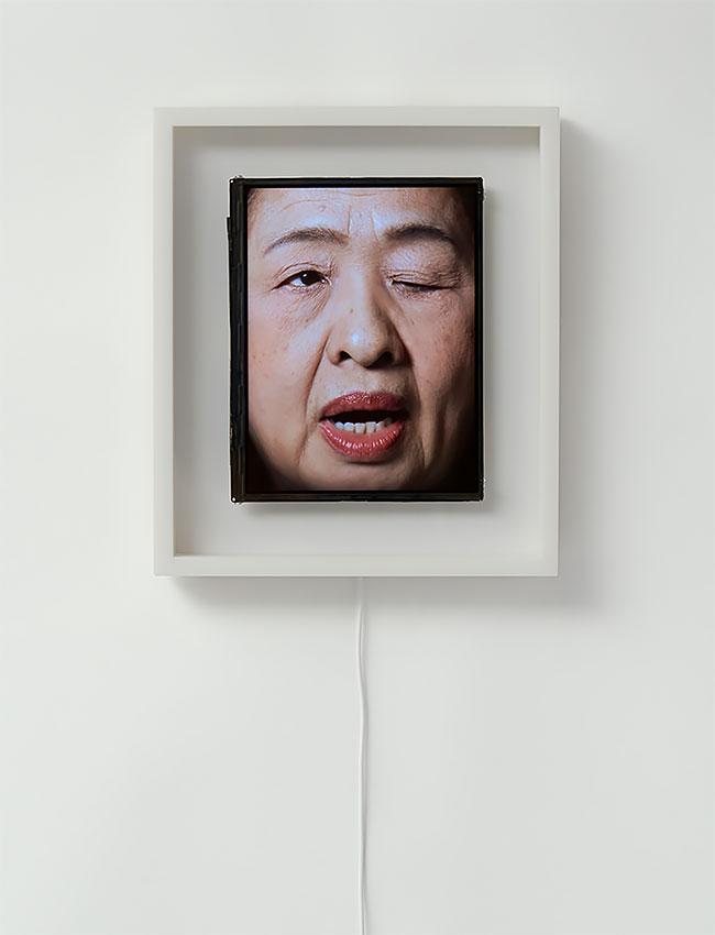 Время кривляться: японцы придумали часы, которые показывают время с помощью перекошенных лиц