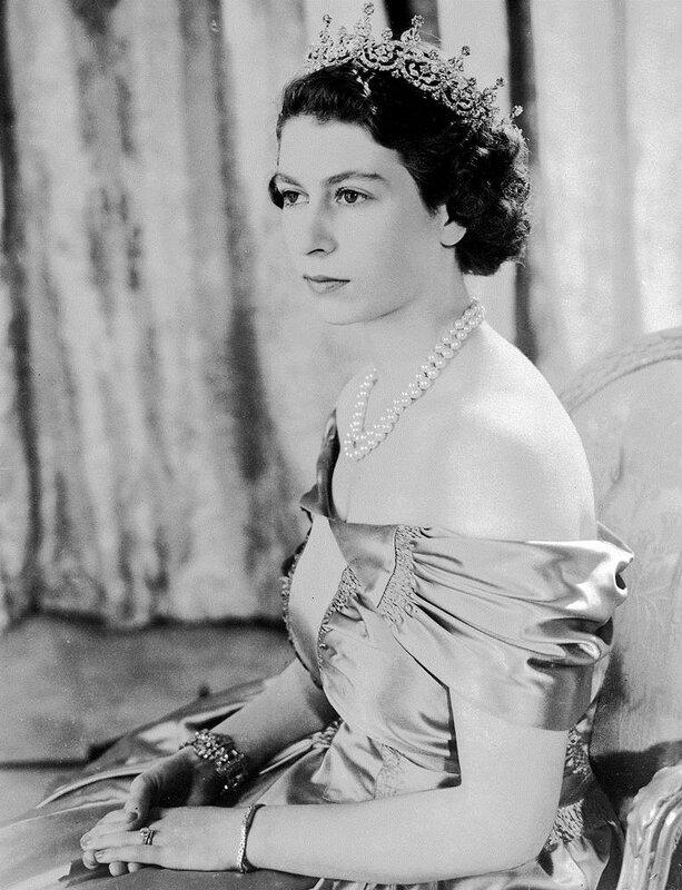 Elizabeth II, 1949
