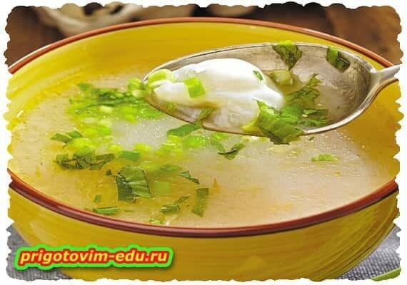 Овсяный суп с перепелиными яйцами ( вегетарианский )