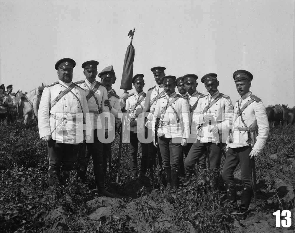13. Офицеры лейб-гвардии Гусарского Его Величества полка