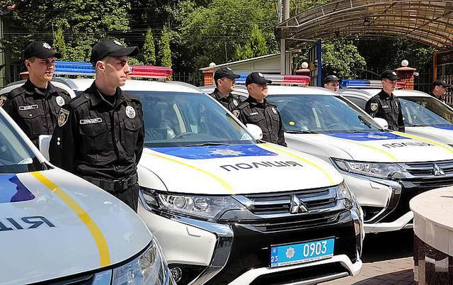 Полиция Хмельнитчины получила новые кроссоверы Мitsubishi Outlander PHEV. ФОТОрепортаж+ВИДЕО