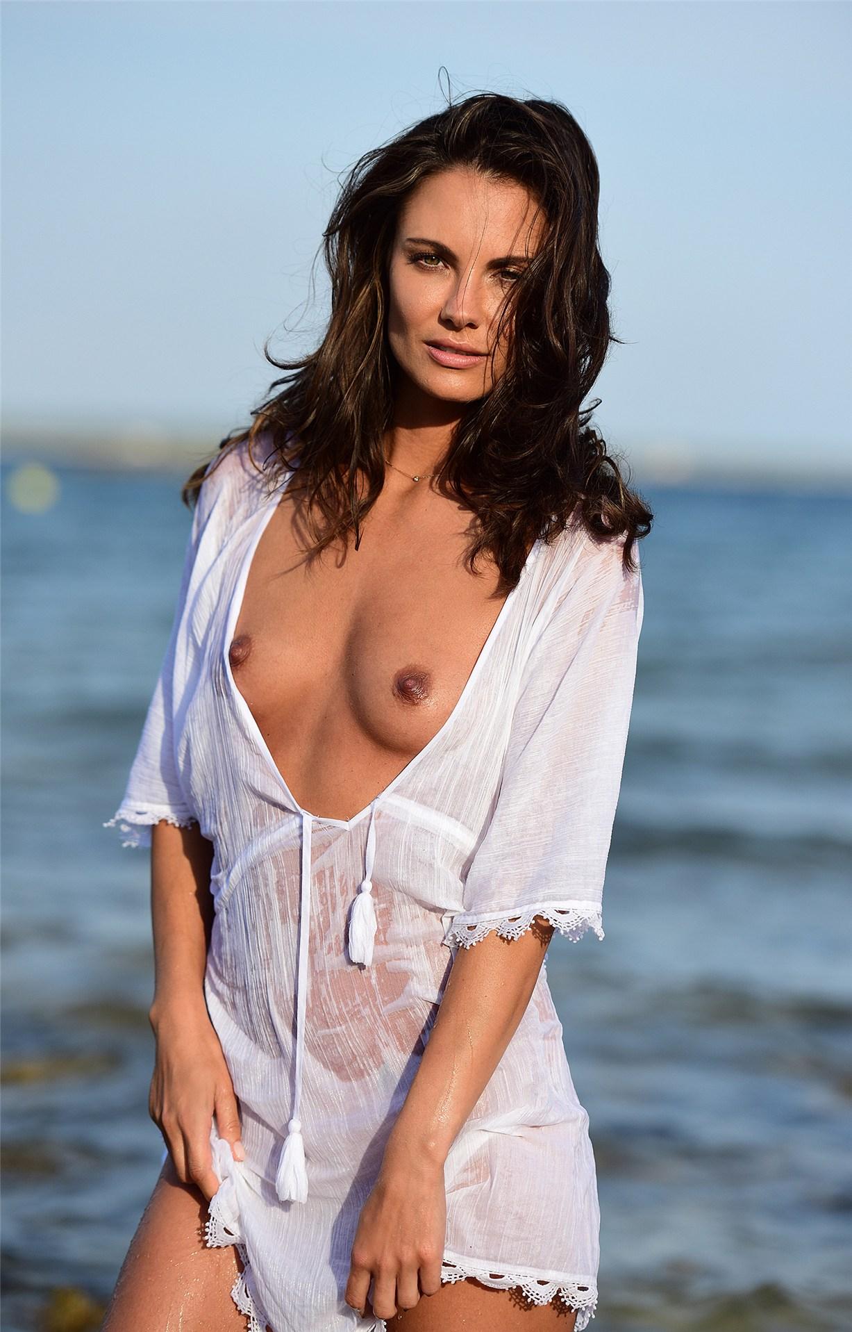 Телеведущая и модель Симона Фосс / Simone Voss - Playboy Germany december 2016