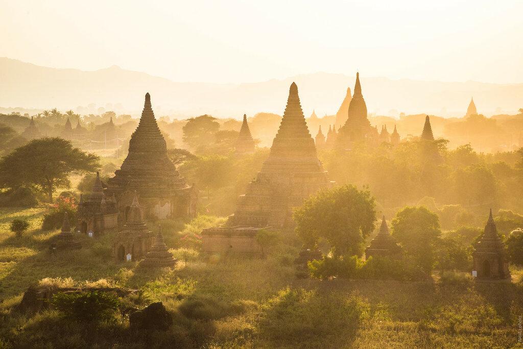 Бирма. Ступы вБагане