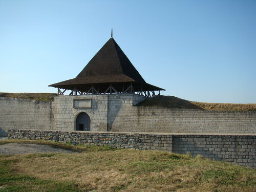 Вход на территорию Хотинского замка