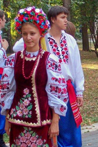 Киев. Фольклорный фестиваль в Мариинском парке