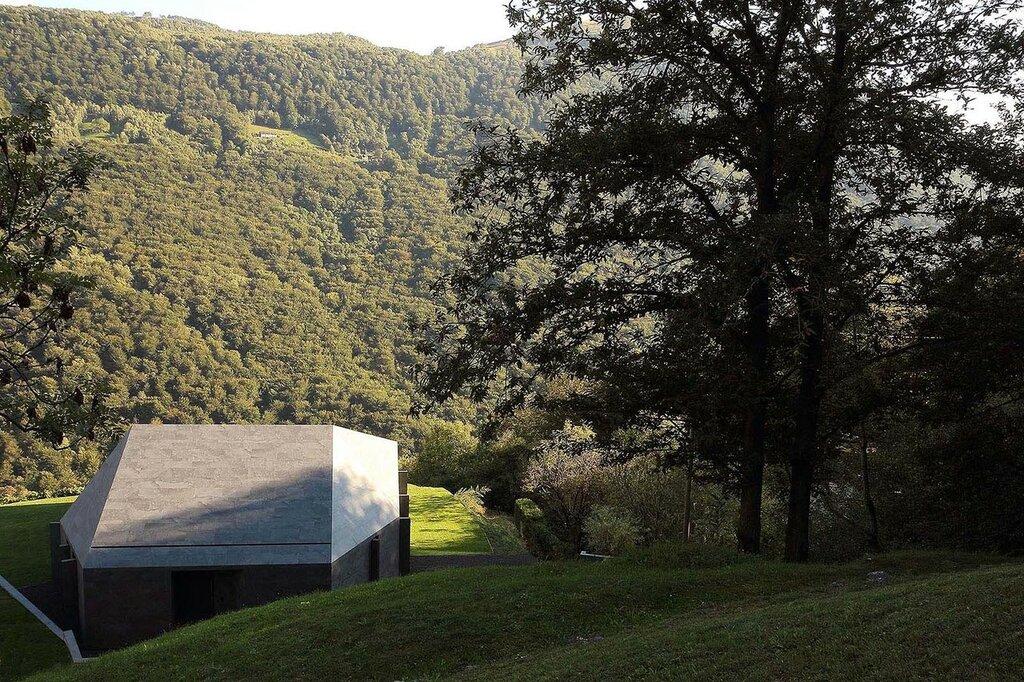 Montebar-Villa-by-JMA-12.jpg