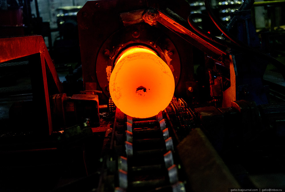 60. Завод экспортирует более 80% продукции. Медные трубы представлены на рынках Великобритании, Герм