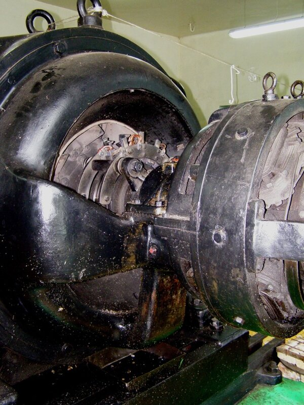 Токосъем генератора Чемальской ГЭС
