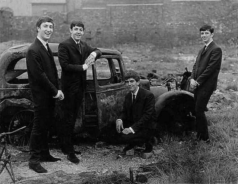 bitlz--liverpuly--sentjabry-1962-god.jpg
