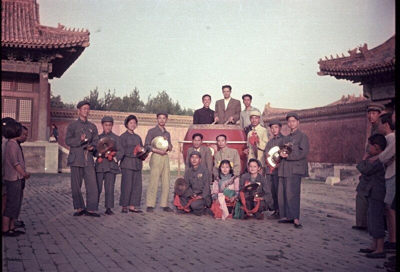 1950 Съемочные моменты Виталия Нестерова3.jpg