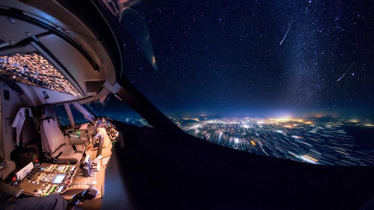 Виды из кабины пилота Boeing 747 (15 фото)
