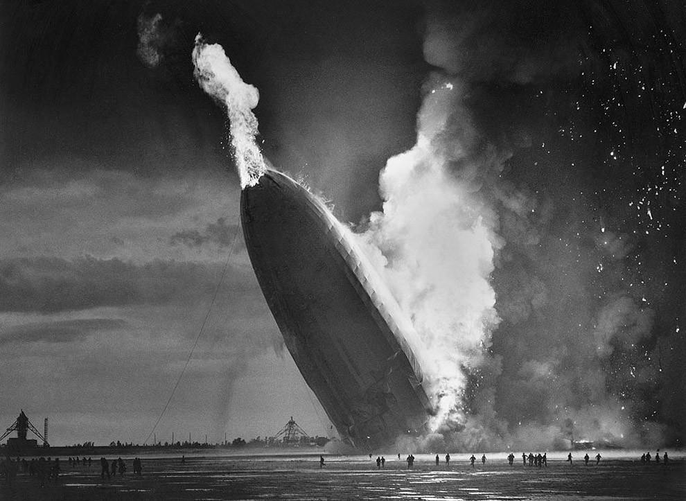 7. Крушение дирижабля «Гинденбург», 6 мая 1937 года.