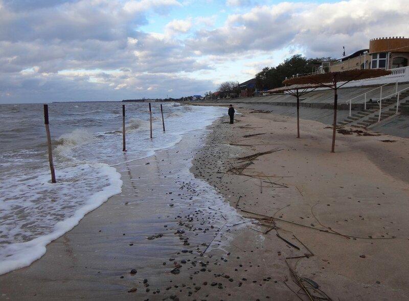 На линии прибоя ... На финише октября, в городе у моря Азовского. (95).JPG